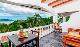 Looking for a hotel with ocean view? Hotel Tamarindo Vista Villas