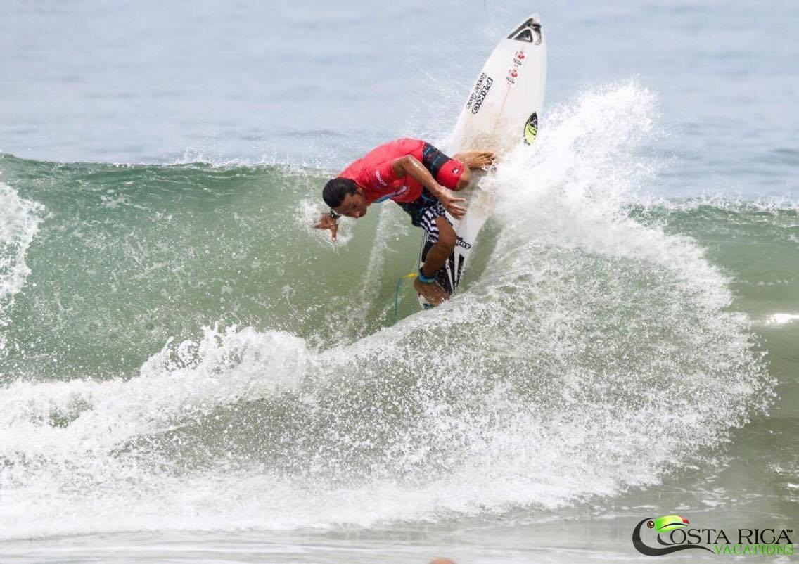 Costa Rica surfing SUP & Masters & Longboard finals